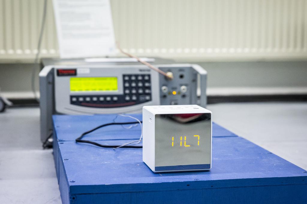 Met de EFT/Surge generator kunnen de EFT/Surge testen uitgevoerd worden.